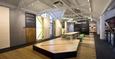Оформление выставки для компании, производящей напольные покрытия класса «премиум»