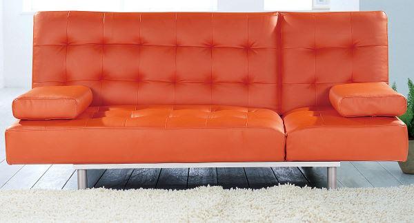 Оранжевый диван из искуственной кожи