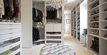Красивая организация мест для хранения обуви
