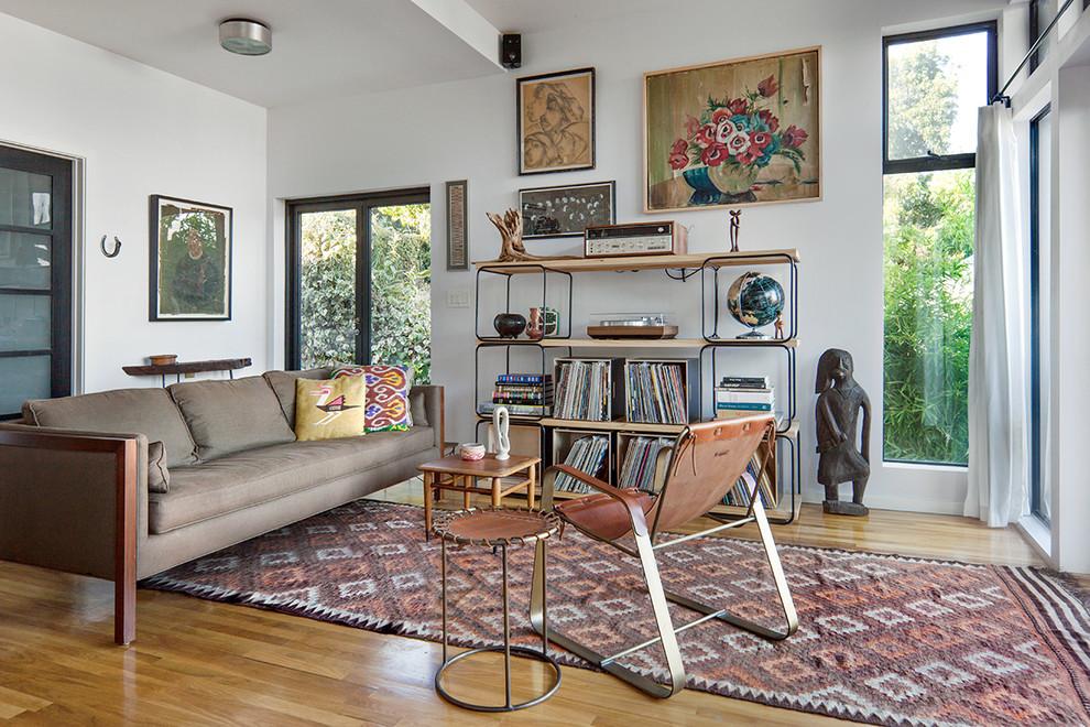 Оригинальный текстиль - интерьер гостиной