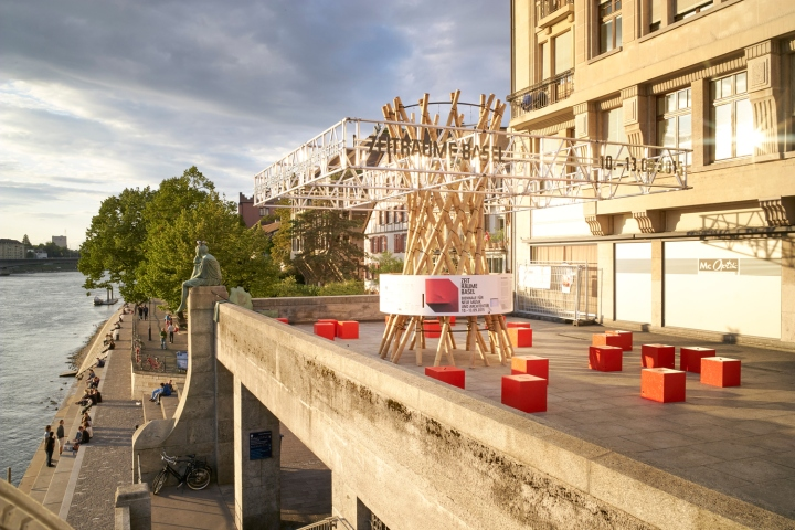 Оригинальный временный павильон для биеннале в Швейцарии