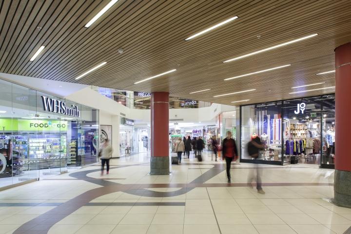 Светодиодные лампы торгового центра Victoria Place от Hoare Lea Lighting