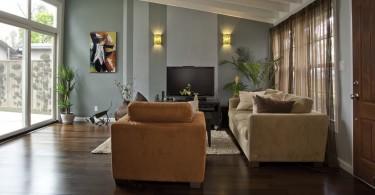 Потолочные балки – отличный элемент декора