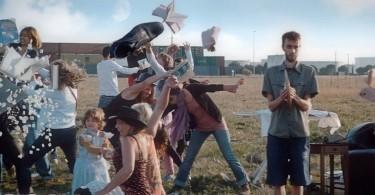 Фрагменты из клипа Гийома Панарьельо