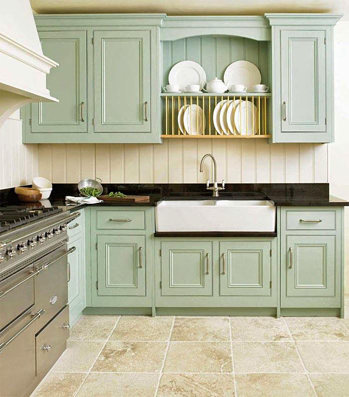 Кухонная мебель зеленого оттенка