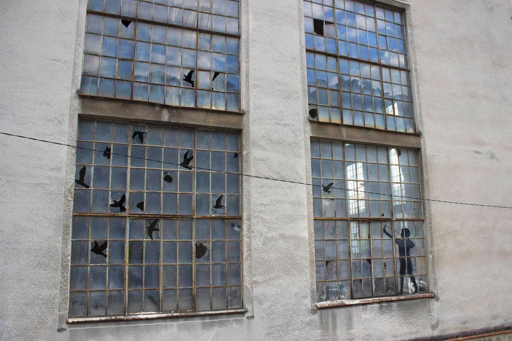 Камуфляж: новая уличная инсталляция от Пехака в Хорватии