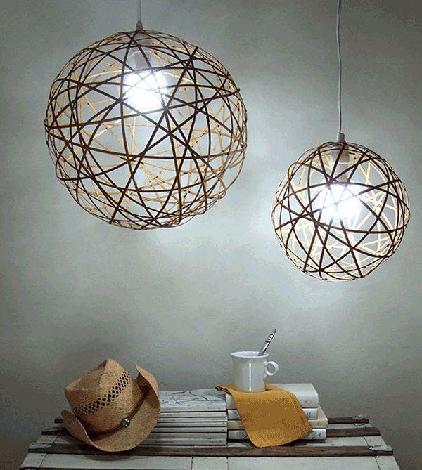 Подвесной светильник из полосок бамбука
