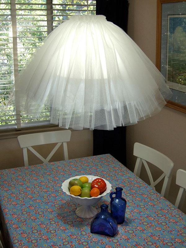 Тюлевый подвесной светильник