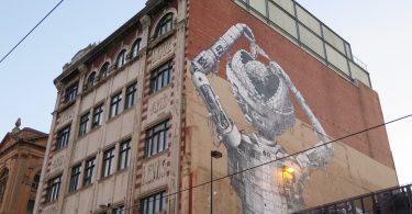 Масштабная фреска в Мельбурне от уличного художника Phlegm