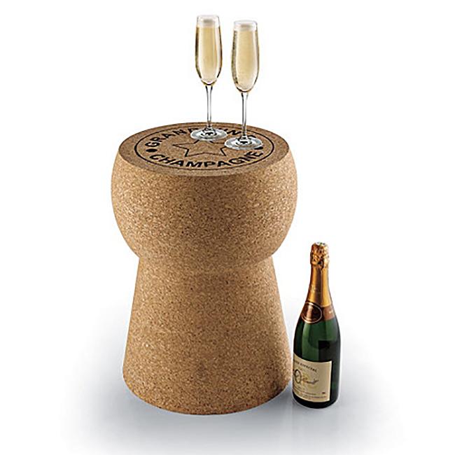Журнальный столик и табурет в виде винной пробки