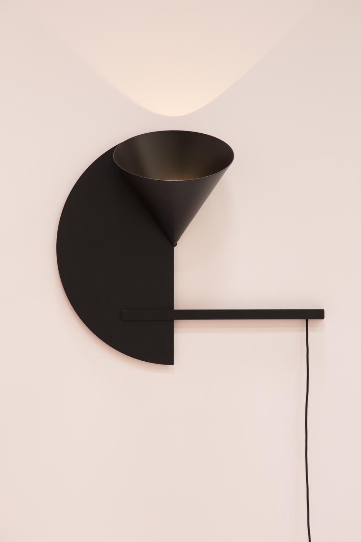 Настенный светильник Cirkel от Daphne Laurens