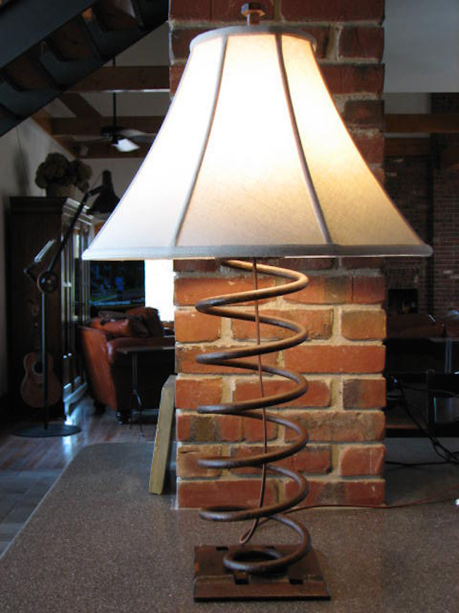 Светильник в промышленном стиле Snodon Iron