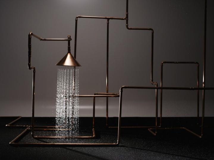 Чудесная инсталляция душа Axor Waterdream из медных труб