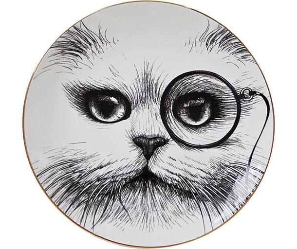 Фарфоровая тарелка с изображением мордочки кота