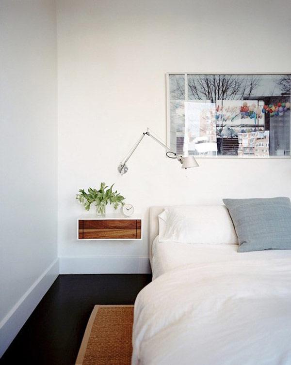 Уникальная прикроватная тумбочка в интерьере спальни
