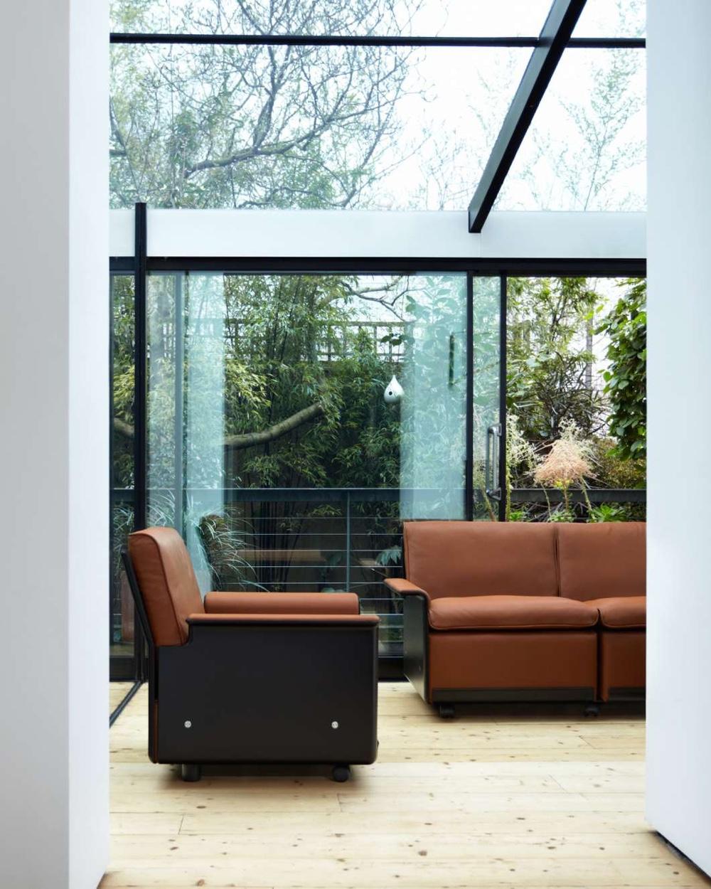 Кожаная мебель коричневого цвета Дитера Рамса