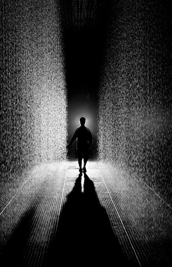 Уникальная инсталляция Rain Room