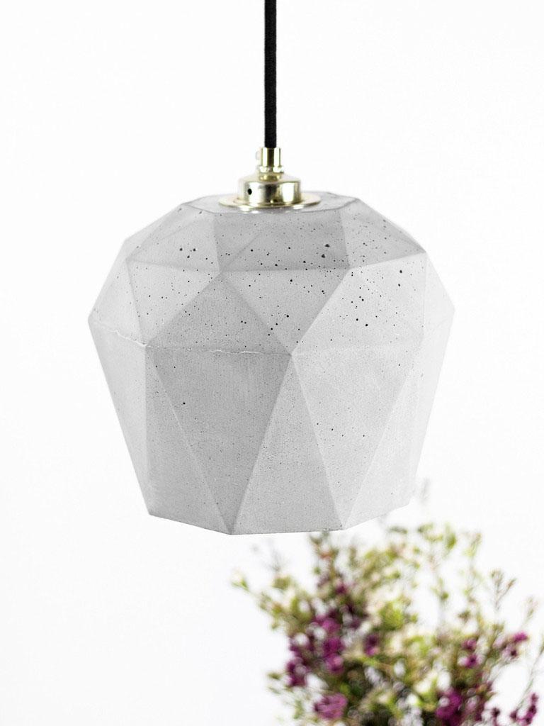 Замечательный подвесной светильник Triangulate от баварского дизайнера Stefan Gant