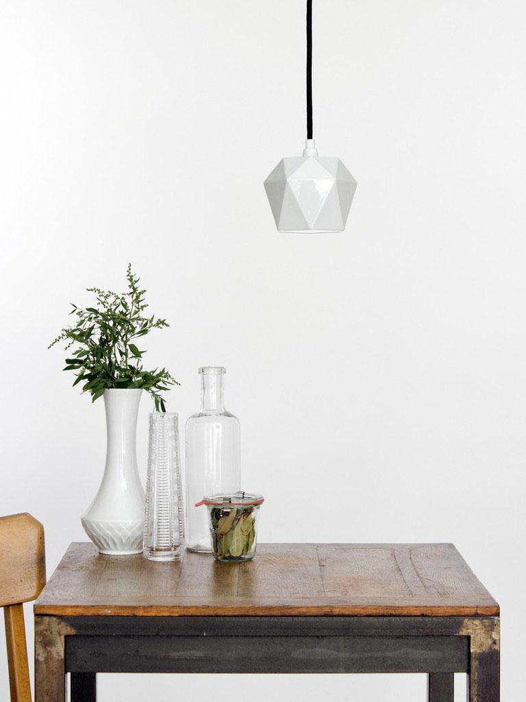Великолепный подвесной светильник Triangulate от баварского дизайнера Stefan Gant