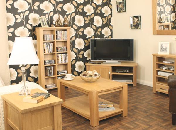 Бесподобная деревянная мебель из переработанного сырья: тумбочки, полочки и журнальный столик
