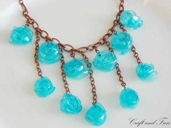 Ожерелье из пластиковых бутылок