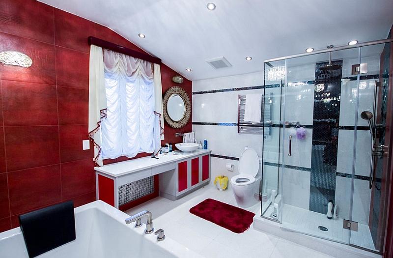 Красно-белая ванная комната