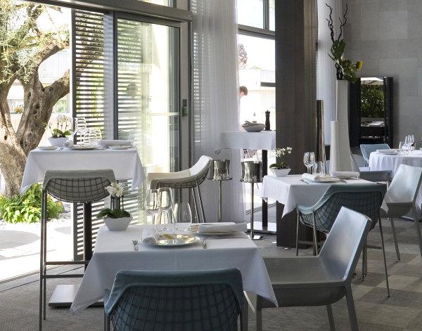 Дизайнерская мебель для ресторана