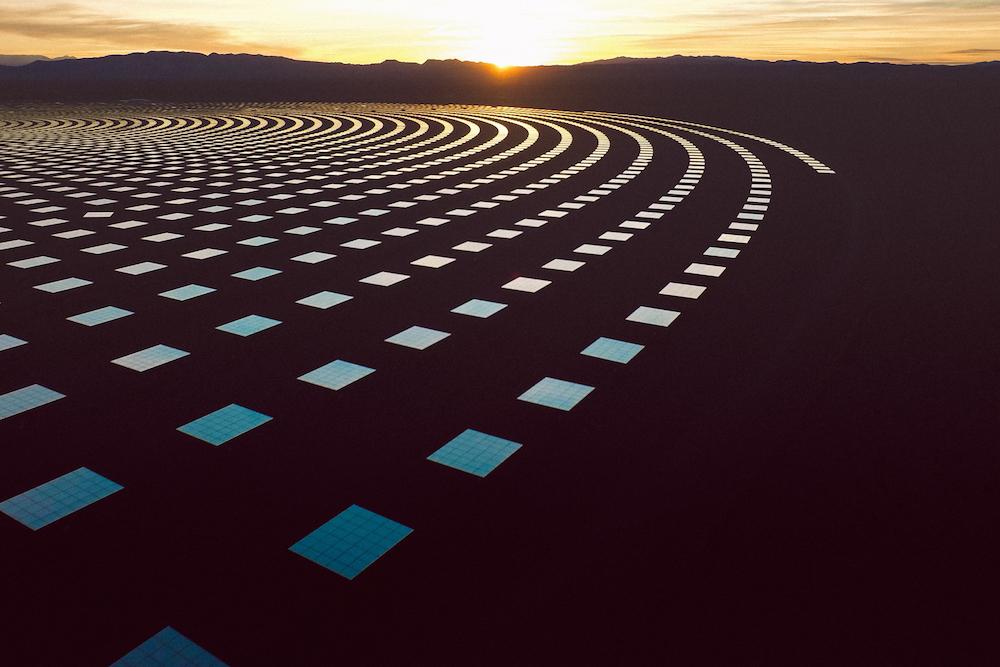 Рубен Ву: промышленный пейзаж солнечно-топливной электростанции Crescent Dunes в Неваде