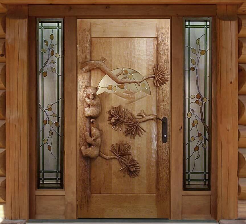 """Резные двери из дерева """"Мишки в лесу"""""""