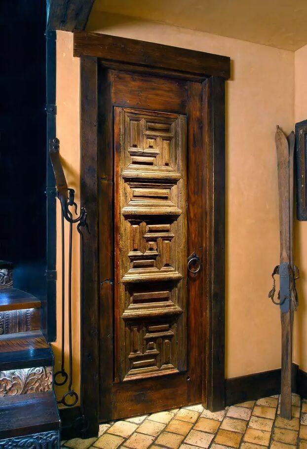 Резные двери из дерева - фото 5