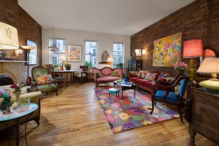 Викторианский стиль в интерьере с ярким ковром