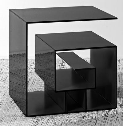 Необычный столик от Анны Додоновой