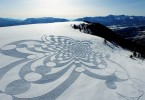 Новые затейливые фракталы от Саймона Бека, протоптанные на снежных склонах и песчаных пляжах