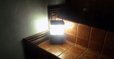 Инновационная разработка Аиса Михено: соляные лампы, работающие на стакане морской воды