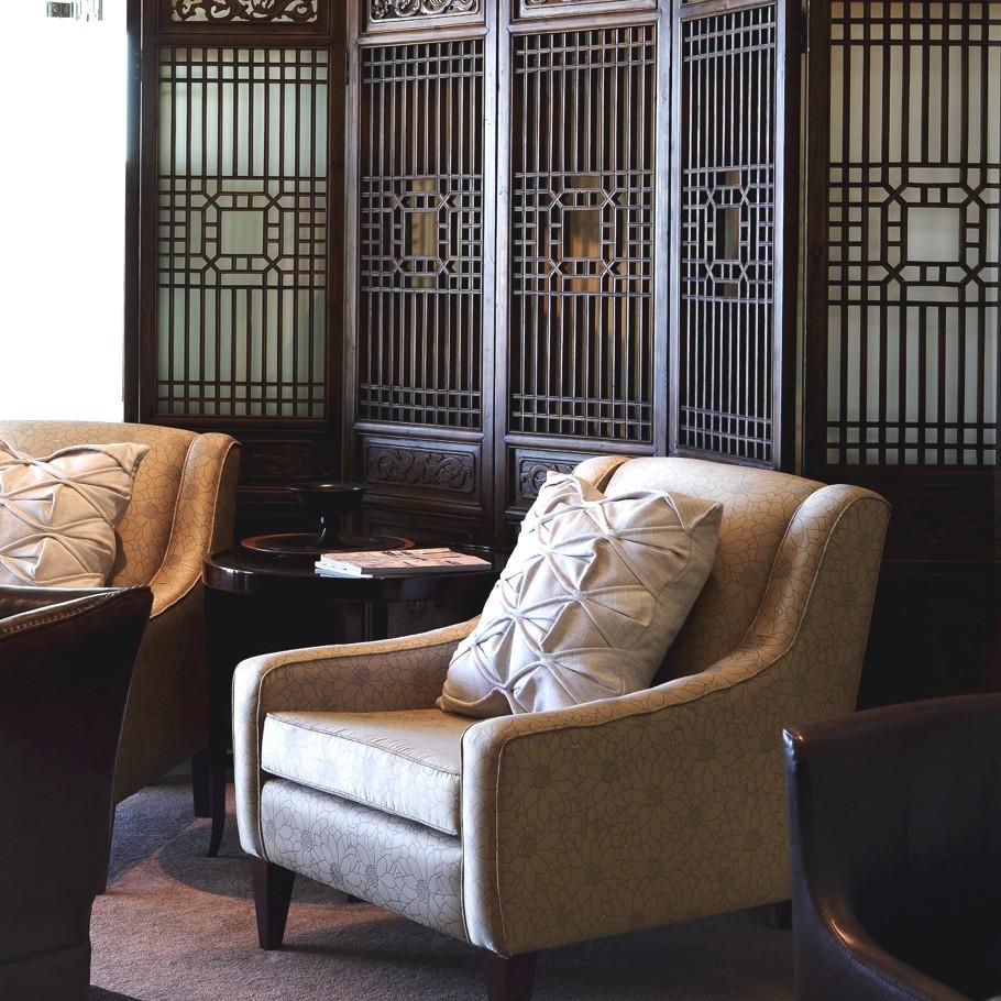 Современный интерьер с азиатским стилем