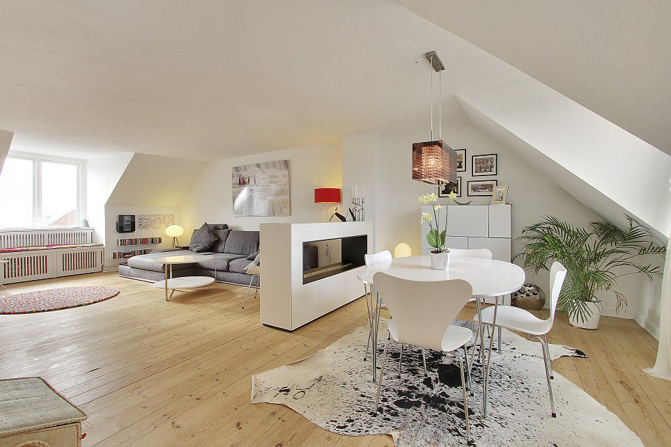 Скандинавский стиль интерьера просторной комнаты