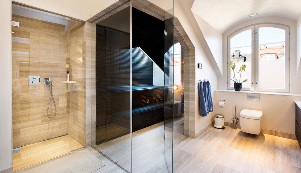 Панорамные двери в ванную комнату