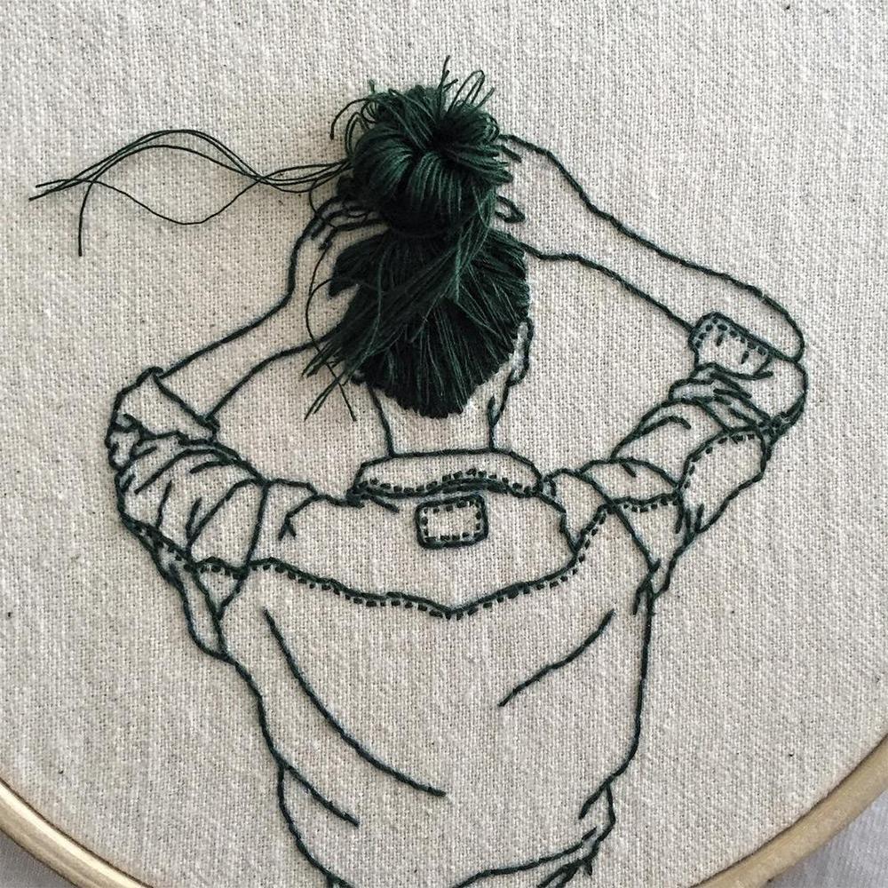 Шена Лиам: вышитые драматические 3D портреты длинноволосых красавиц