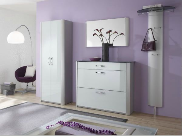 Красивый шкаф в интерьере
