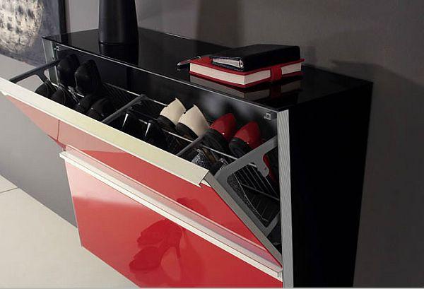 Черно-красный шкаф для обуви