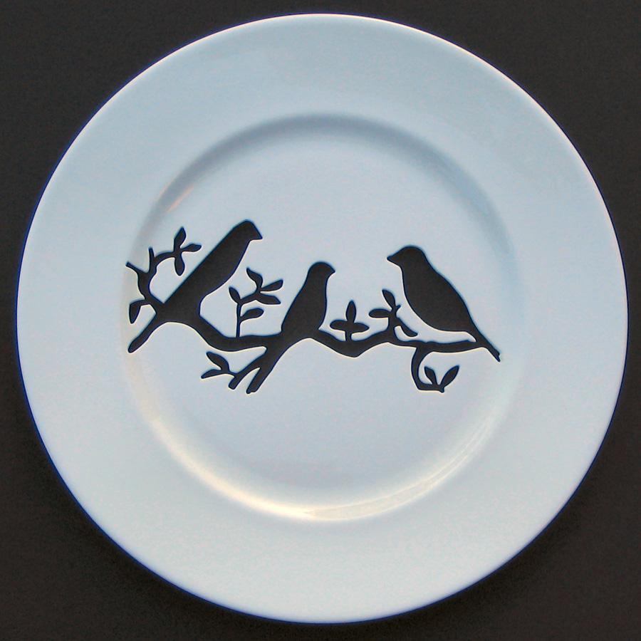 Рисунок птичек на тарелке