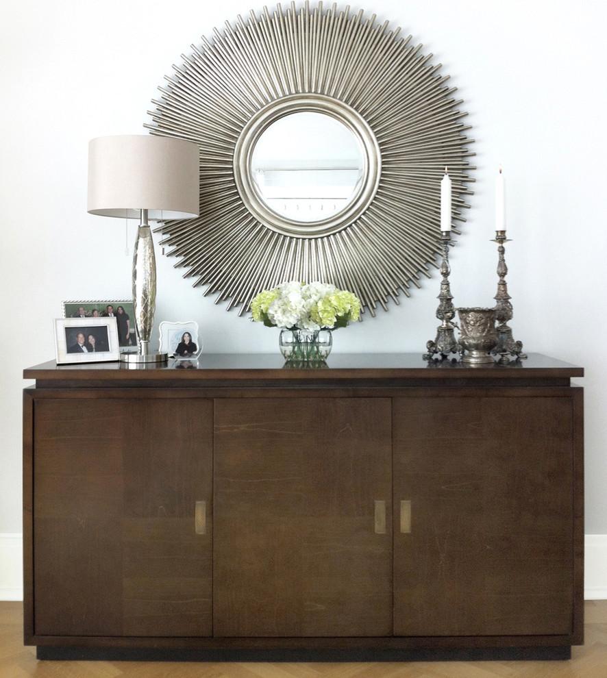 Чудесные серебряные предметы декора в интерьере