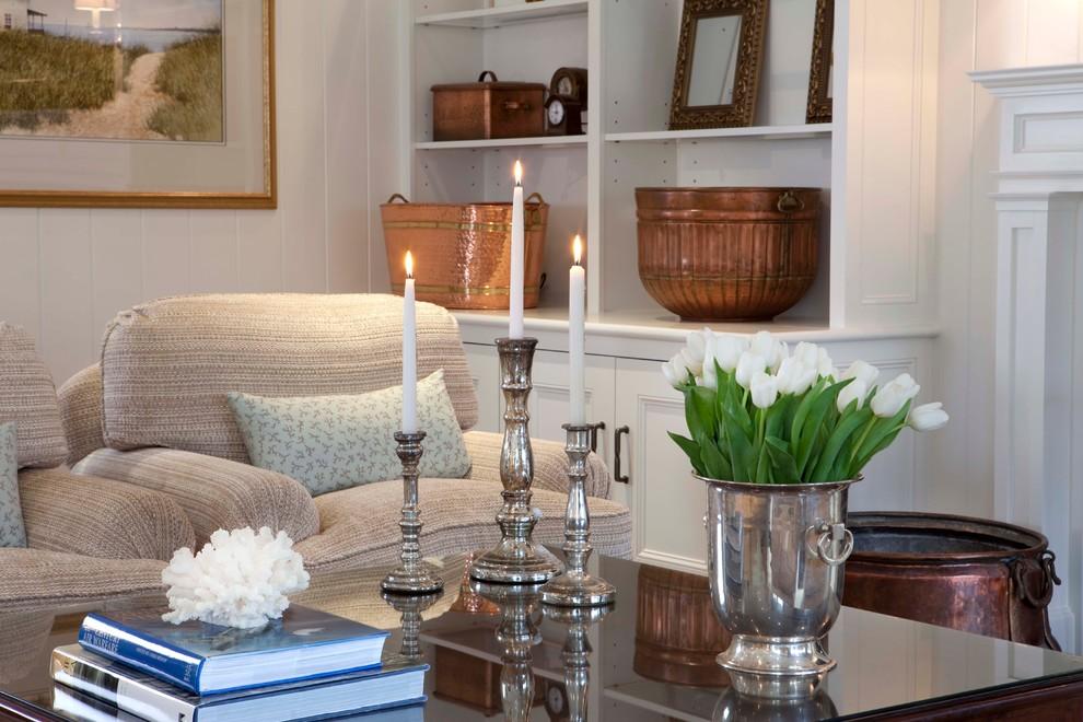 Роскошные серебряные предметы декора в интерьере