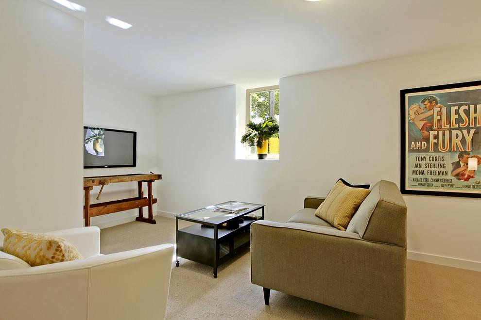 Естественный свет в интерьере гостиной