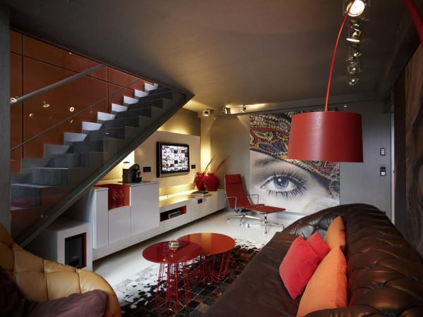 Гостиная зона роскошного отеля Sofitel Munich Bayerpost