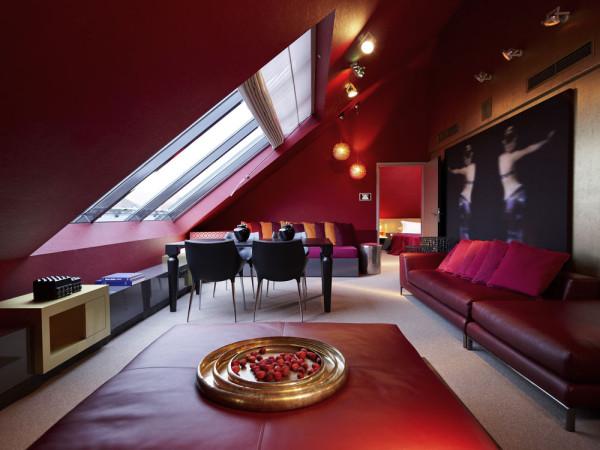 Номер роскошного отеля Sofitel Munich Bayerpost