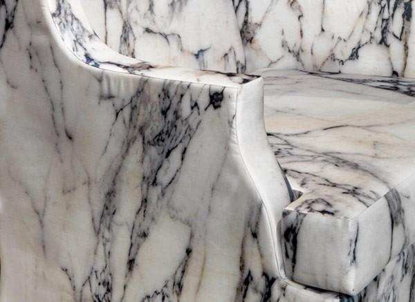 Чудесное кресло Людовик XV идет в Спарту
