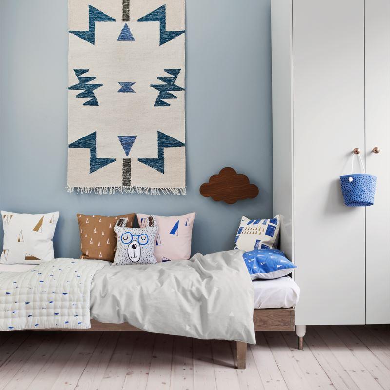 Красочный интерьер детской комнаты