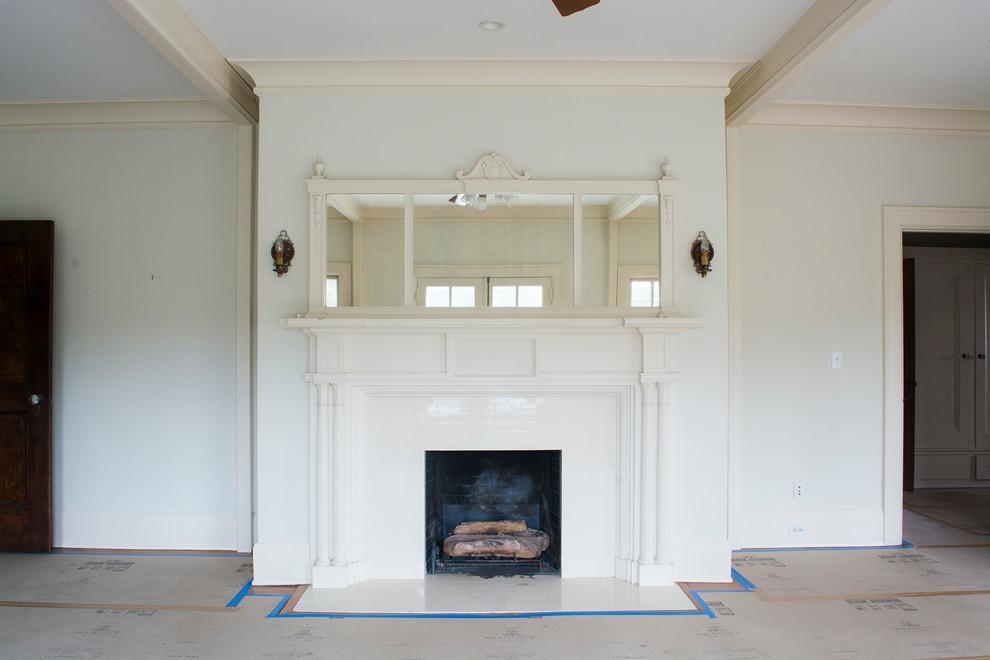 Оформление современного камина в интерьере дома - Фото 3
