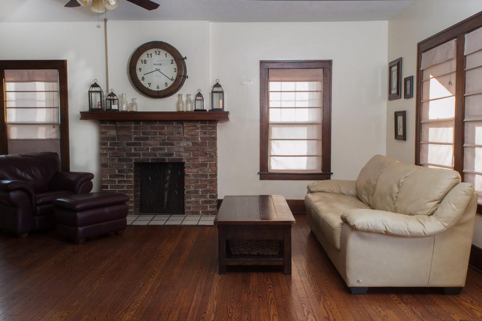 Оформление современного камина в интерьере дома - Фото 7